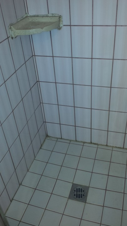 Tile cleaning by 1st Choice Cleaning